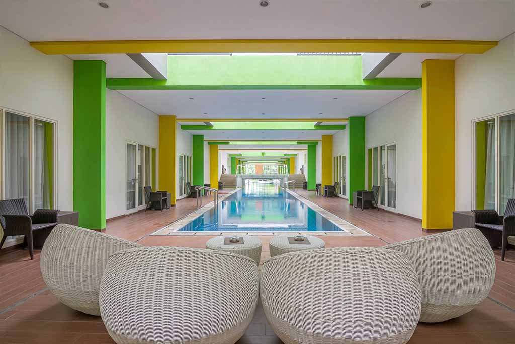 Swimming pool & gym